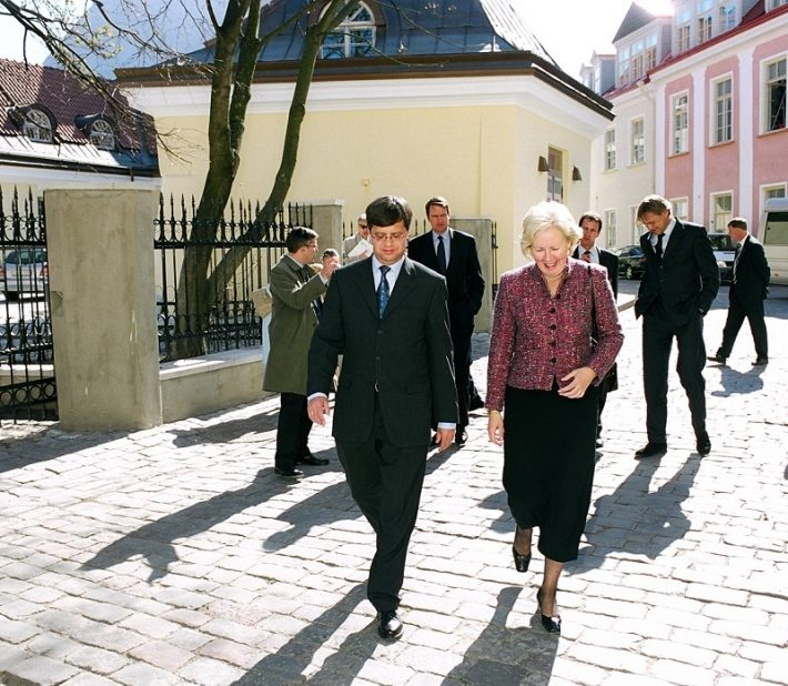 Fotol Balkenende ja Madalmaade saadik Eestis Joanna van Vliet Foto: EV välisministeerium
