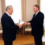 Since 2005 Hans Glaubitz  Photo: Glaubitz (on the right) presenting his credentials to President Arnold Rüütel. Source: Office of the President of the Republic of Estonia