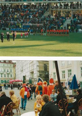 Foto: Jalgpallimeeskonnad hümnide mängimise ajal ja Hollandi fännid Tallinnas juunis 2001. Foto: Klaas Huisman erakogu